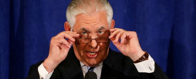 """Iran, Tillerson: """"Trump non certificherà l'intesa sul nucleare, ma non chiederà sanzioni e passerà la palla al Congresso"""""""
