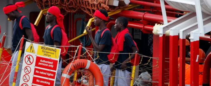 """Ong, perquisita nave di Save the Children: """"Favoreggiamento immigrazione clandestina"""". """"Noi estranei a indagini"""""""