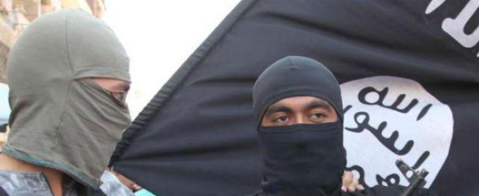 Terrorismo, voleva partire per combattere con Al Nusra in Siria: condannato a 3 anni