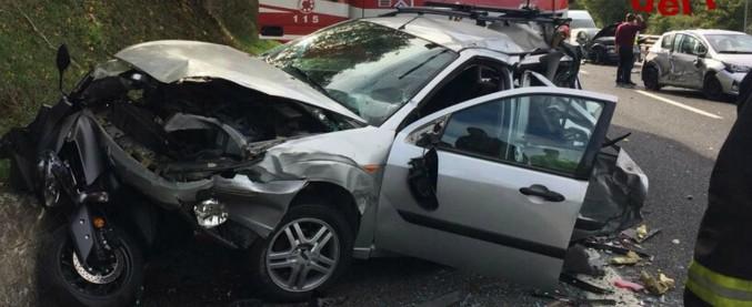 Roma, maxitamponamento sulla A24: 10 auto coinvolte. Tredici feriti, 3 gravi: tra loro anche un neonato