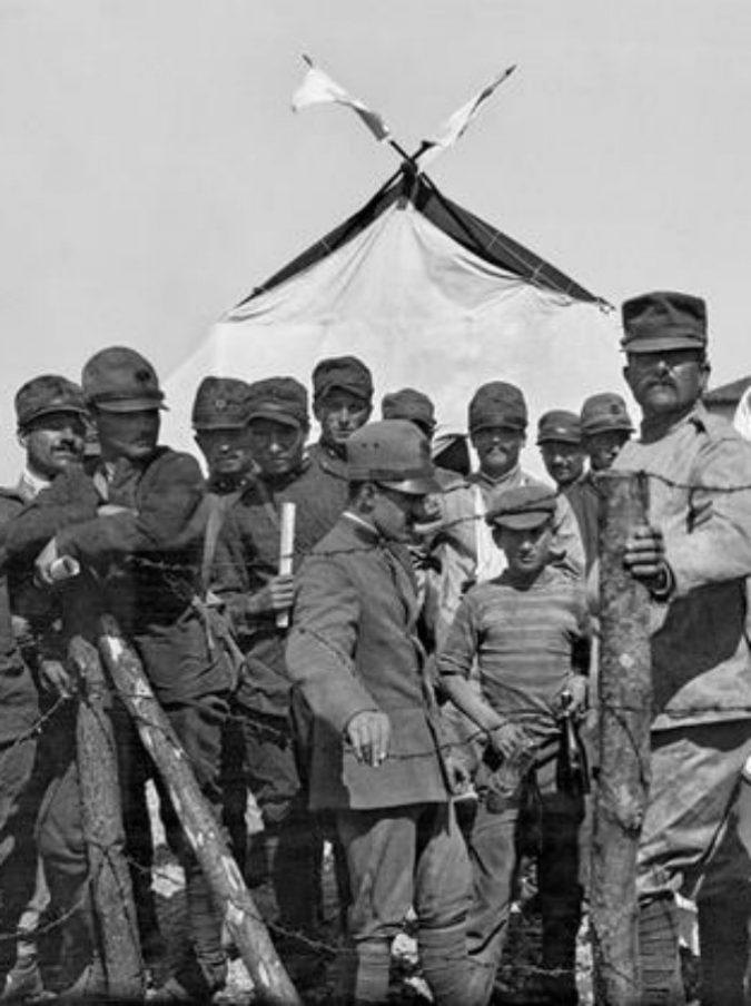 """Caporetto cent'anni dopo: """"Noi, senza ordini dai comandi"""". Le cento voci dei soldati che subirono la più celebre delle sconfitte"""