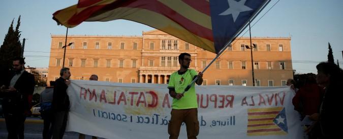 Catalogna, Madrid vara decreto che facilita trasferimento delle aziende fuori dalla Generalitat. Anche Caixa se ne va