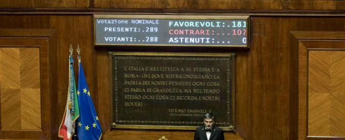 """Senato, sul Def ricambia la maggioranza. Mdp esce, sì di 12 del gruppo di Verdini. """"Grazie a noi il governo è stabilizzato"""""""