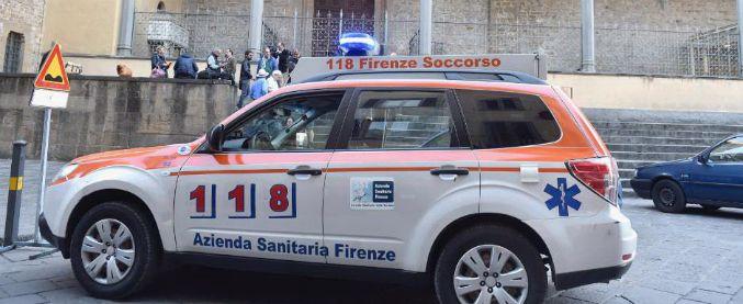 Firenze, muore turista colpito da frammento della navata della Basilica di Santa Croce. Aperta inchiesta per omicidio colposo