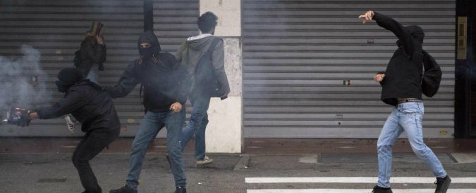 Torino, blitz nei centri sociali: 17 misure cautelari per violenze G7 di Venaria