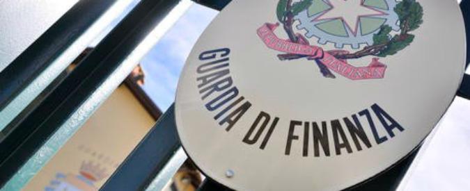 Guardia finanza, auto in uso gratis: il generale Minervini condannato a 4 anni