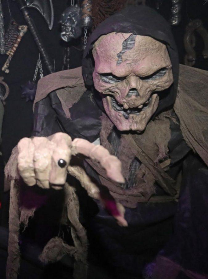 Chi Ha Inventato Halloween.Halloween Il Cardinal Lajolo Un Festival Dell Horror