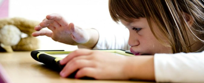 Nativi digitali, il 42% dei bimbi sotto gli 8 anni ha il tablet. Bello o spaventoso?