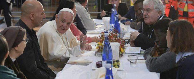 Papa Francesco pranza con i detenuti: in due evadono dal carcere di Bologna