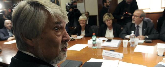 Manovra, emendamento del governo sulle pensioni: stop aumento età per 14.600. Allo Stato costerà oltre 1 miliardo