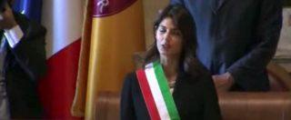 """Marcia su Roma, iniziativa antifascista dell'Anpi. In Campidoglio anche la Raggi canta """"Bella ciao"""""""