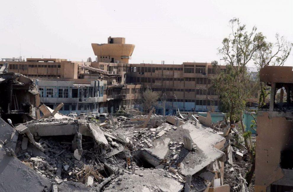 L'ospedale di Raqqa, una delle ultime roccaforti dei jihadisti