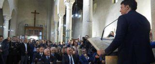 """Renzi, comizio dall'altare della basilica di Paestum. Tra i banchi De Luca e i sindaci Pd. Il parroco: """"Non ne sapevo nulla"""""""