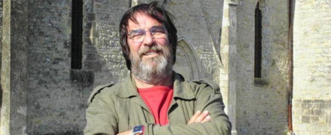 Sandro Provvisionato, morto il giornalista e conduttore. Lavorò all'Ansa e al TG5