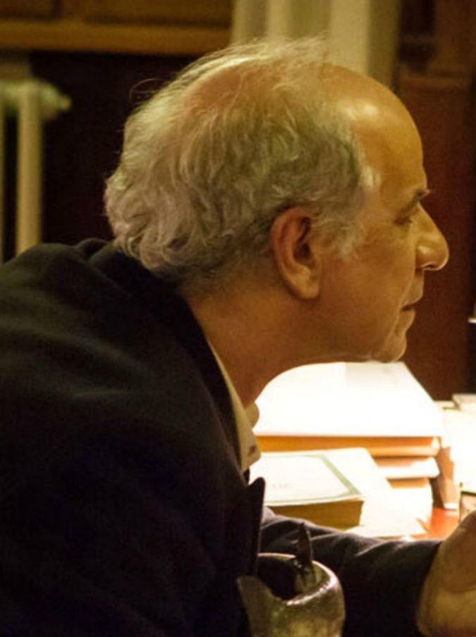 La ragazza nella nebbia, Donato Carrisi dirige il suo libro: nel film Toni Servillo e Alessio Boni – Clip in esclusiva e trailer