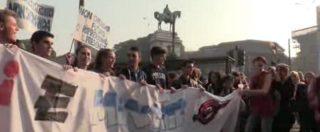 """Alternanza scuola-lavoro, studenti contro ministro Fedeli: """"No alla schiavitù"""""""