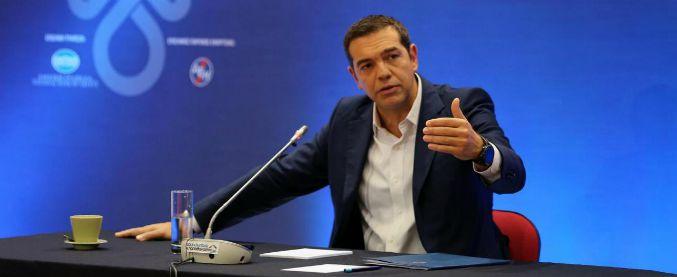 """Grecia, Tsipras annuncia il """"dividendo sociale"""": un miliardo di euro ai più poveri per Natale"""