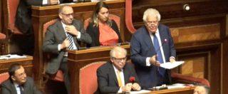 """Rosatellum, Verdini rivendica """"supplenza politica"""" e chiede rispetto. Bagarre in Aula, M5s esce appena apre bocca"""