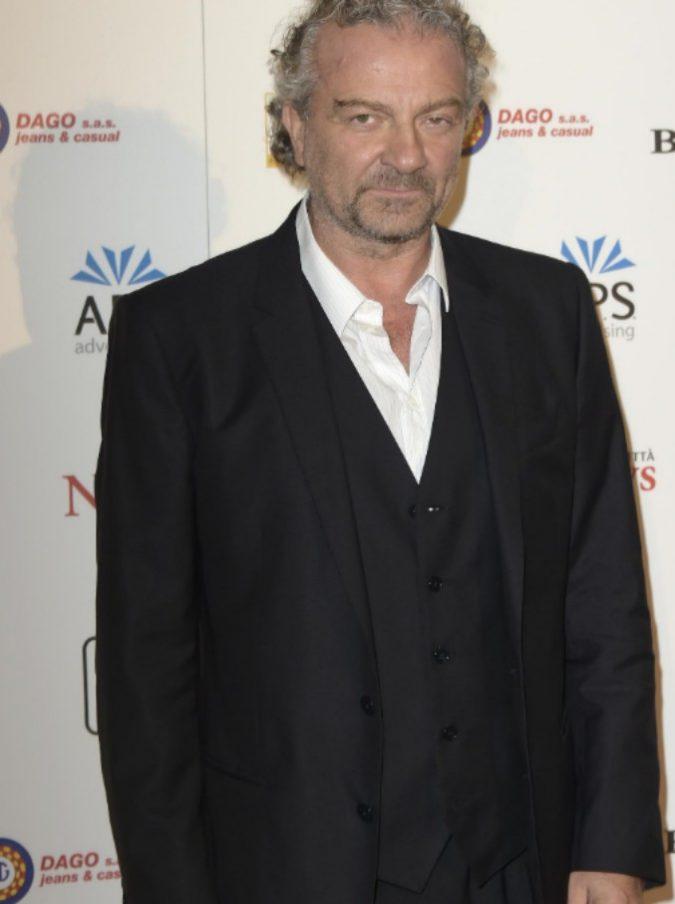 """Il regista Giovanni Veronesi: """"Asia Argento mi raccontò degli abusi. Non sapevo cosa fare ma avrei dovuto denunciare io"""""""