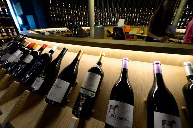 L'ingrediente principale del vino è il denaro, poi viene anche l'uva