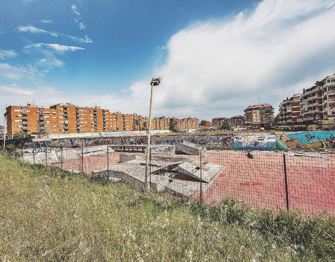 In Edicola sul Fatto Quotidiano del 10 novembre: Marcia antimafia a Ostia: Boldrini e Grasso sì, Pd no