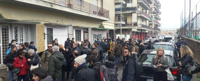 """Ostia, giornalisti in presidio davanti alla palestra di Spada: """"Vogliamo la libertà di lavorare senza subire violenza"""""""