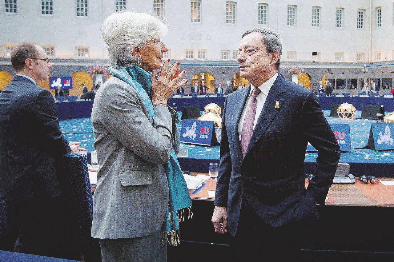 Banche, Renzi è contro Draghi? Vendetta per il suo sostegno a Visco