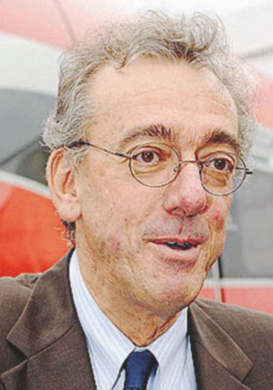 Alessandro Pansa morto, il vicepresidente di Feltrinelli ed ex ad Finmeccanica aveva 55 anni