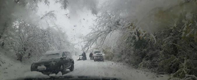 Maltempo, a Bologna nevica. Piogge e venti forti anche nel resto d'Italia