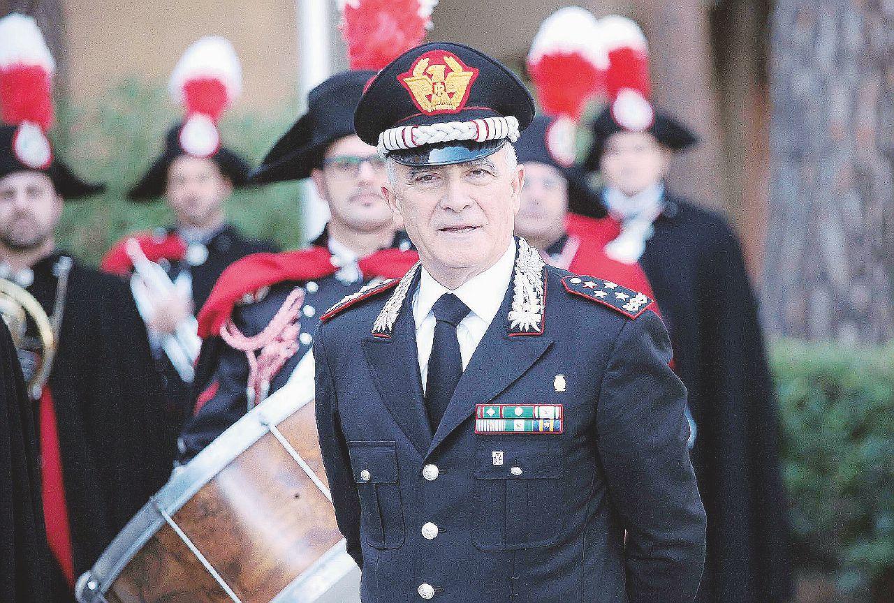 In Edicola sul Fatto del 16 novembre: Altra inchiesta sul comandante Del Sette