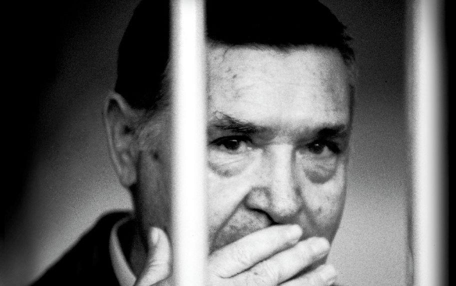 In Edicola sul Fatto Quotidiano del 17 novembre: Il boss più stragista della storia è morto