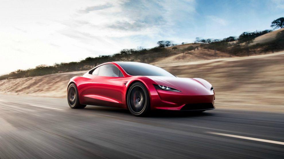 Tesla, presentato il Tir semi autonomo e supercar da 400 km/h
