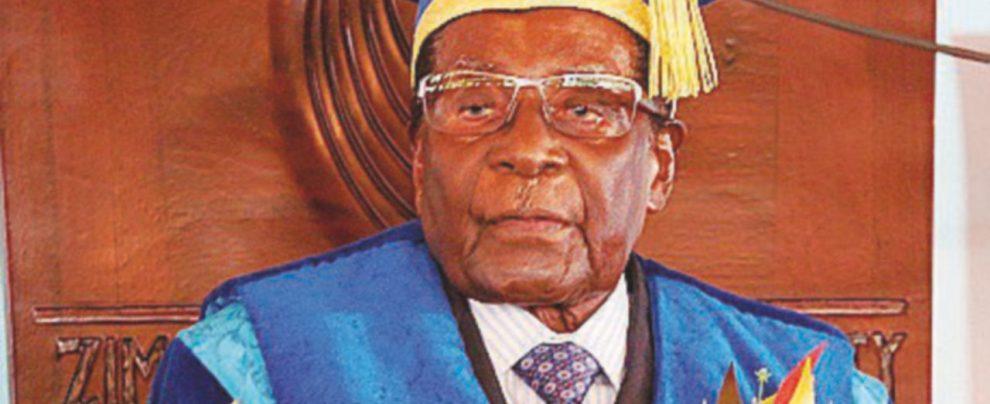 """Mugabe finge di essere ancora in carica. Il partito: """"Ha tempo sino a domani"""""""