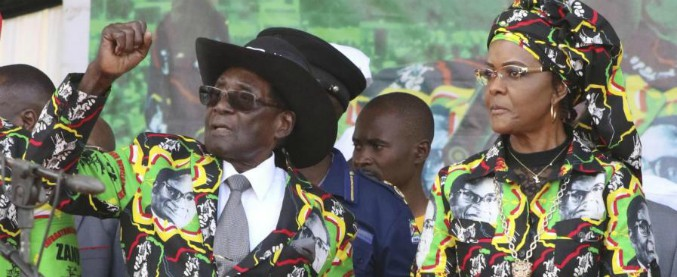 Zimbabwe: chi è Robert Mugabe, da 37 anni al potere. Il ritratto: da eroe a padre-padrone
