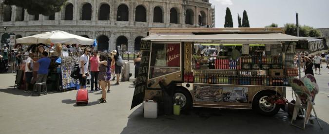 Roma il mercatino di piazza navona torna alla famiglia for Il mercatino roma