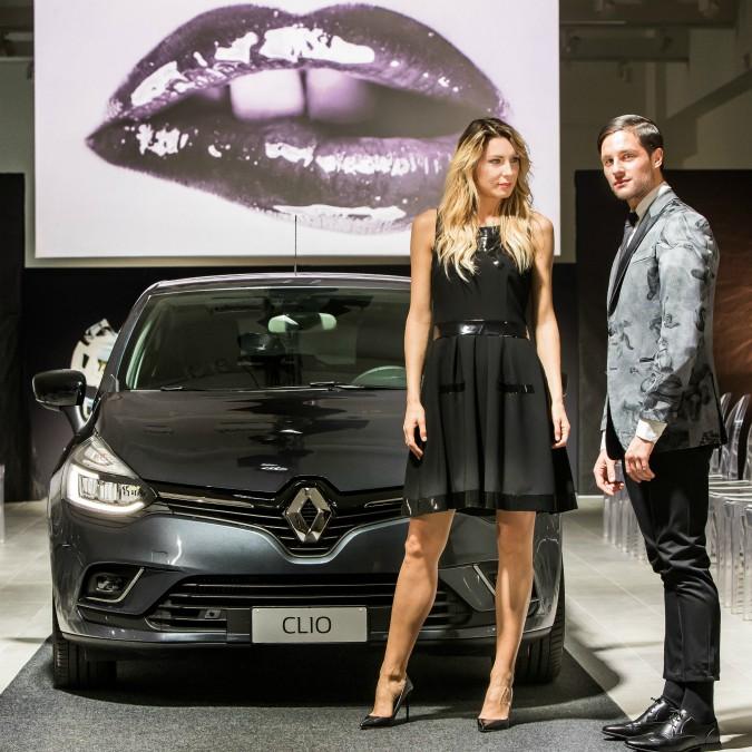 Renault Clio Duel, la best seller tra le auto estere si dà alla moda – FOTO
