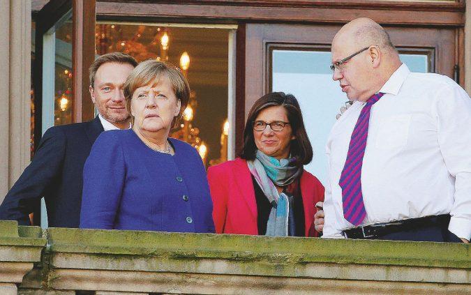 Fra Giamaica e ricatti La Merkel sceglie l'urna