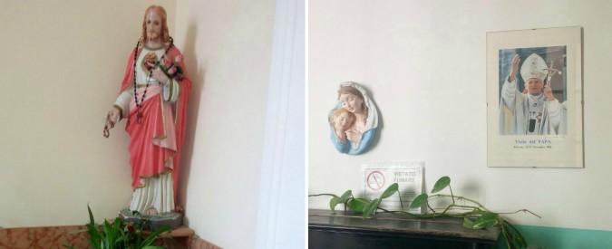 """Palermo, statue della Madonna e foto dei papi in una scuola pubblica. """"E in alcune classi si prega prima delle lezioni"""""""