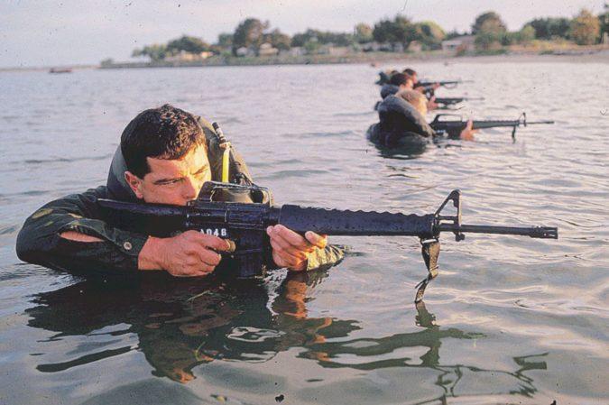"""Due """"bastardi"""" con infamia Il fuoco amico dei Navy Seal"""
