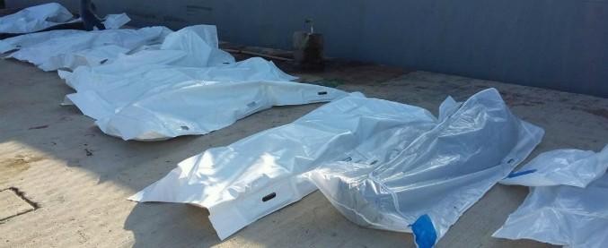 """Migranti, naufragi davanti a coste libiche: più di 30 morti, decine di dispersi. Marina libica: """"Alcuni mangiati dagli squali"""""""