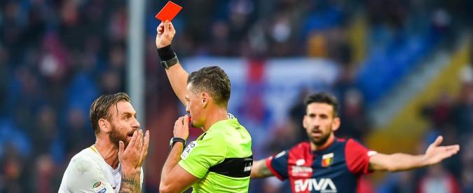 Daniele De Rossi, lo schiaffo costa caro al centrocampista della Roma: squalificato per due giornate dal giudice sportivo