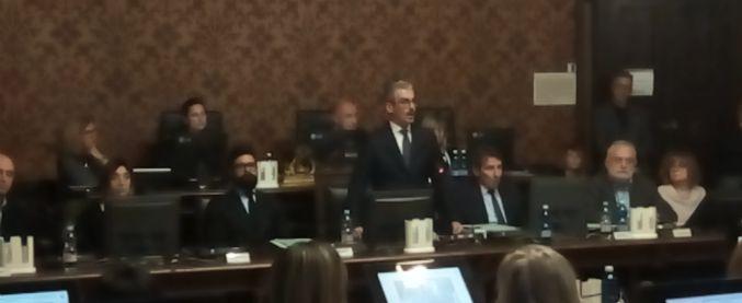 """Mantova, il sindaco Palazzi: """"Non mi dimetto perché so di essere innocente"""""""