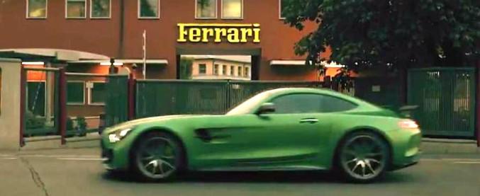 Mercedes Vs Ferrari, dopo la vittoria in F1 il video-sfottò viaggia sui social – VIDEO