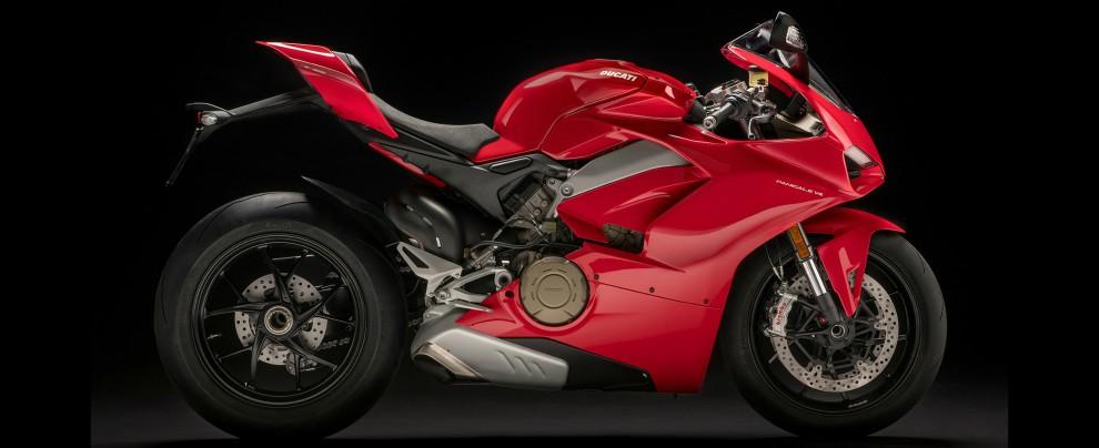 Ducati Panigale V4, la prima volta del 4 cilindri - 2/7