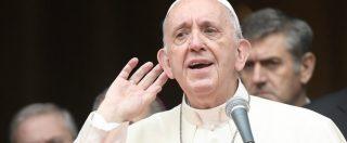 """Papa Francesco e le sue """"prese di posizione"""" scomode nella Chiesa: dai gay ai migranti, dalla corruzione al fine vita"""
