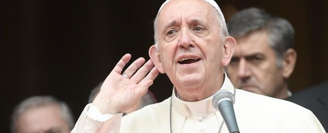"""Papa Francesco alla Curia di Roma: """"Superare la logica dei complotti e delle cerchie, sono un cancro"""""""