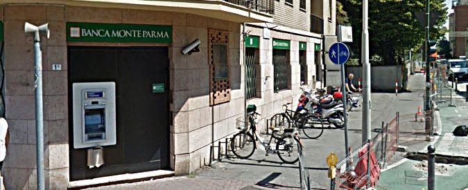 Parma, i ladri entrano dalle fogne e svaligiano il caveau di una banca. Bottino di oltre 100mila euro