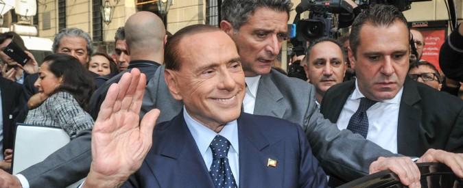 Berlusconi 'corruttore di senatori': 'Basta cambi di casacca'. Poi si vende accordo con la Lega sul governo. Salvini nega