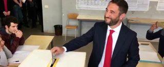 """Elezioni Sicilia, Cancelleri (M5s) al seggio nella sua vecchia scuola: """"L'attesa? Guarderò il film V per vendetta"""""""