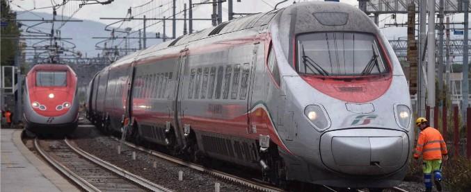 Firenze, treno dell'alta velocità Frecciargento esce dai binari. Ritardi di 60 minuti sulla linea Firenze-Bologna
